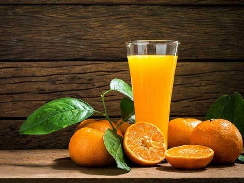 Một ly nước cam nhỏ vào mỗi buổi sáng