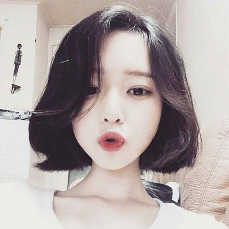 Kiểu tóc ngắn sóng lơi mang đến vẻ đẹp dịu dàng cho các bạn nữ