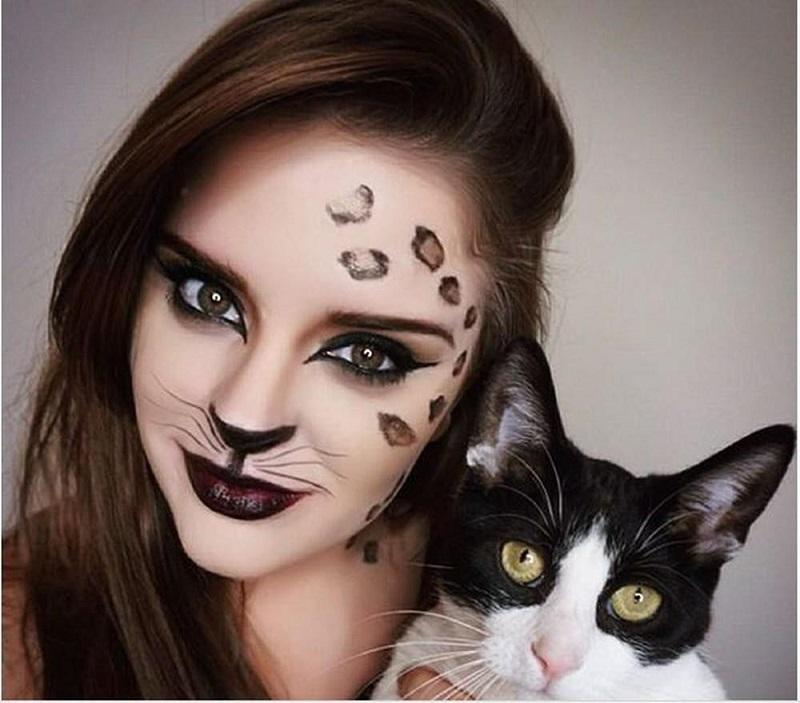 Quyến rũ với cô nàng mèo