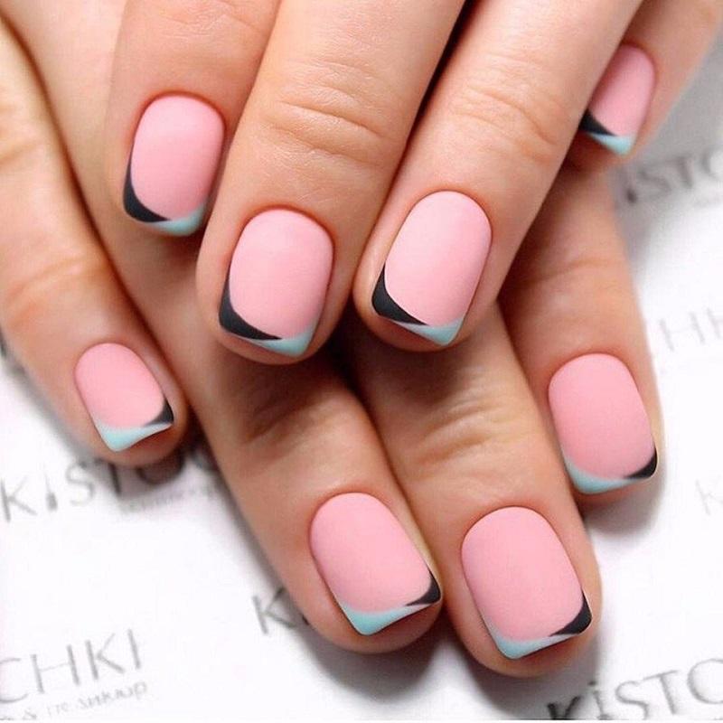 Mẫu nail đẹp nhẹ nhàng với gam màu hồng ngọt ngào