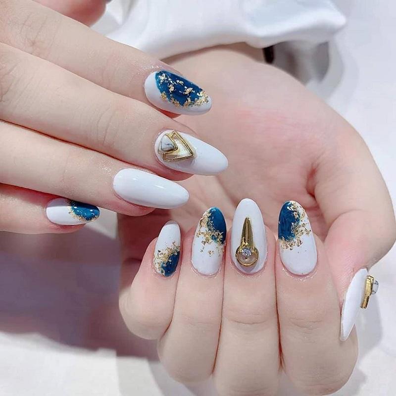 Thử ngay những mẫu nail đẹp 2021