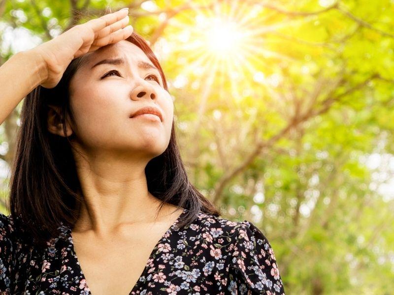 Tiếp xúc với nắng thường xuyên da dễ bị nám
