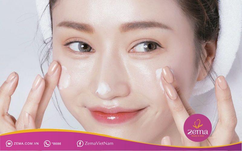 Duy trì chăm sóc da đều đặn để quá trình điều trị mụn đạt hiệu quả tốt nhất