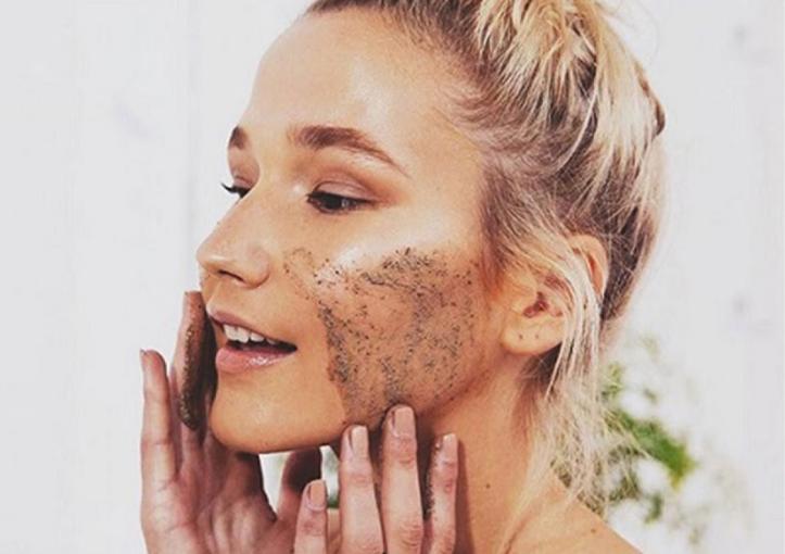 Tẩy tế bào chết giúp da bạn được làm sạch sâu, giúp da khỏe hơn