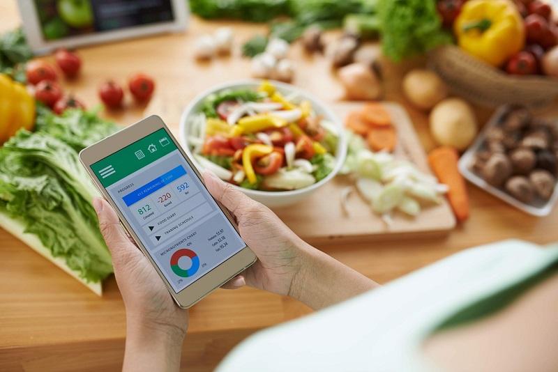 Theo dõi lượng thức ăn mỗi ngày để giảm cân nhanh chóng