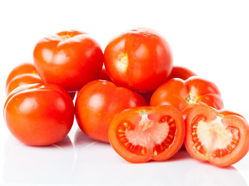 Cà chua chứa nhiều vitamin giúp làm đẹp và trị nám cho da