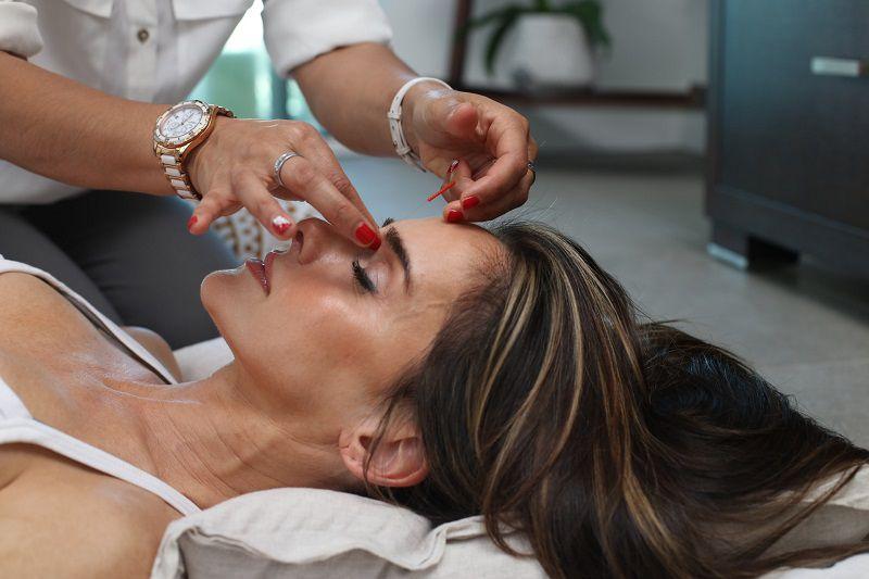 Chăm sóc da mặt tại spa giúp bạn giảm căng thẳng hiệu quả