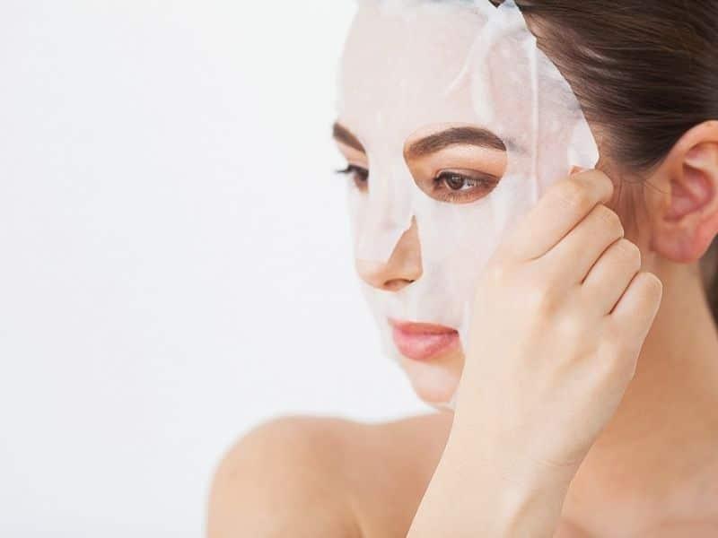 Cách làm đẹp từ những chiếc mặt nạ giấy.