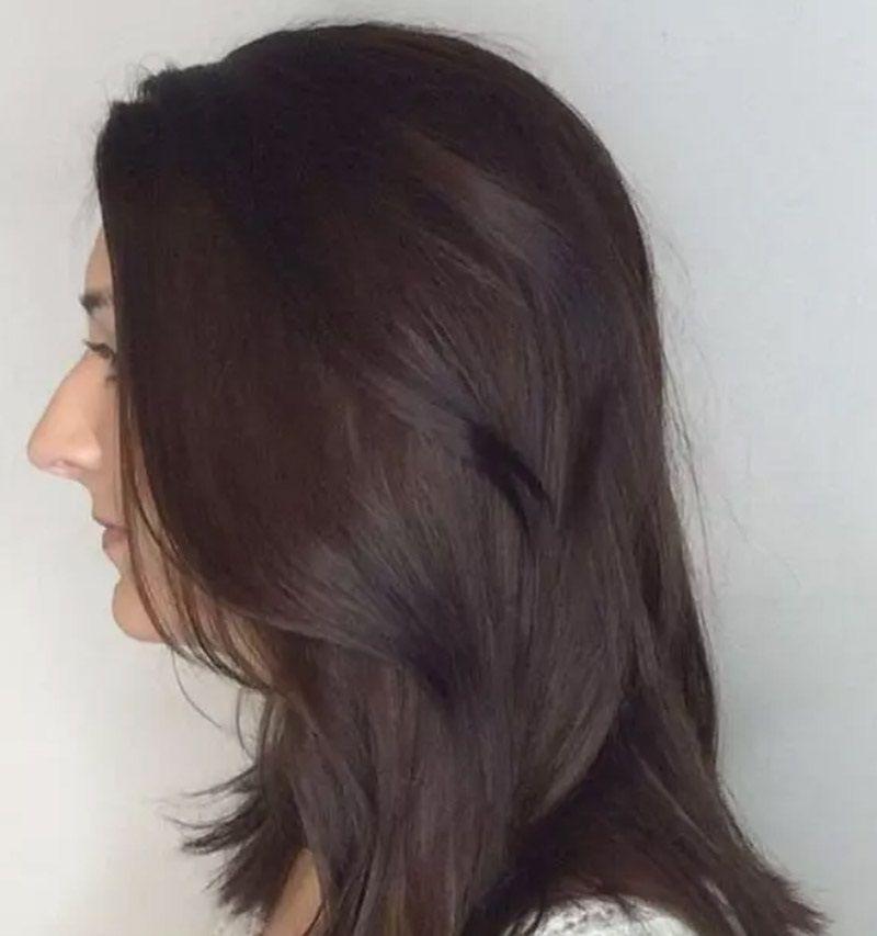 Cổ điển với tóc socola sẫm màu