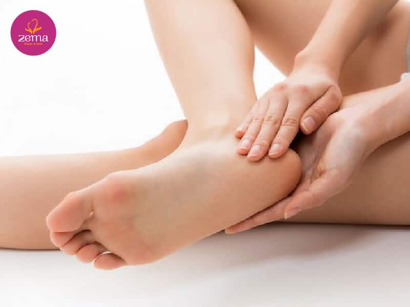 Dịch vụ chà hồng gót chân là gì?