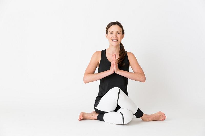 Yoga là một trong những bộ môn lý tưởng để giảm béo bắp tay
