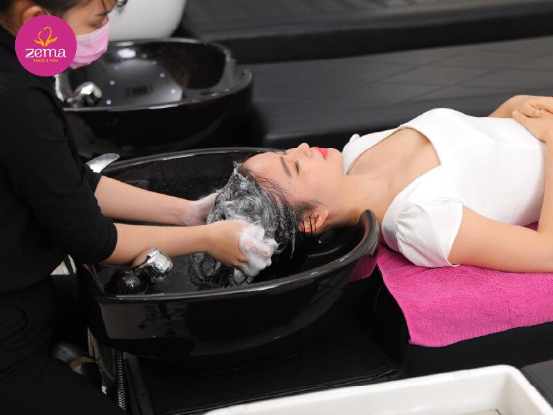 Quy trình gội đầu massage tại Zema Việt Nam