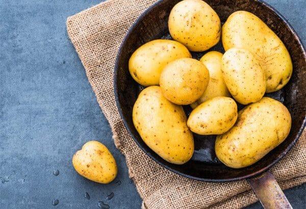 Những cách trị nám bằng khoai tây hiệu quả tại nhà