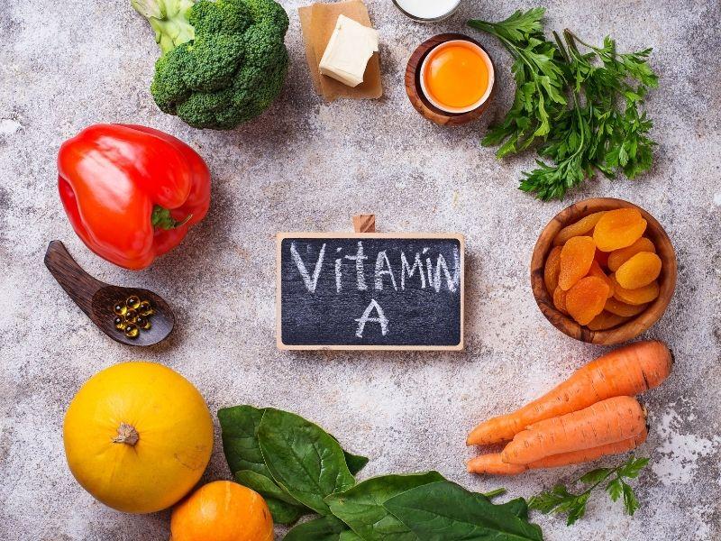 Các bữa ăn hàng ngày nên có thực phẩm giàu vitamin A