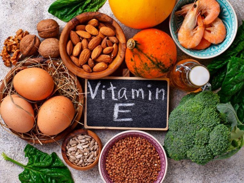 Có rất nhiều loại thực phẩm chứa hàm lượng lớn vitamin E