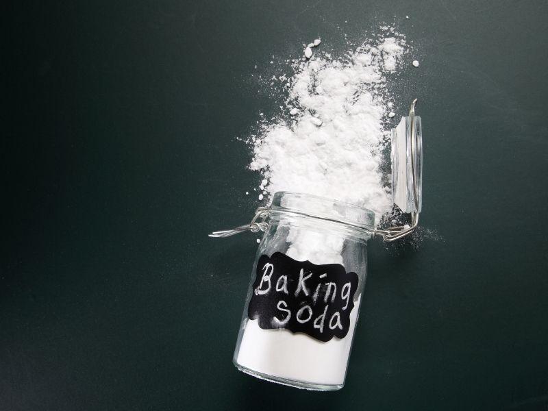 Baking soda có thể dùng trị mụn dị ứng