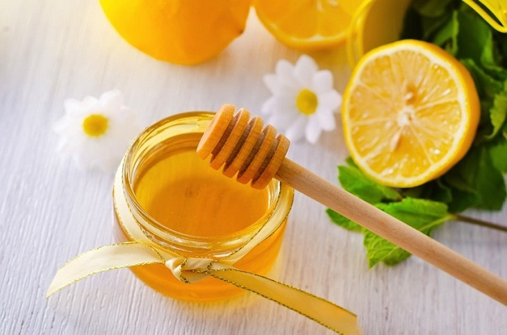 Làm căng da bằng mật ong
