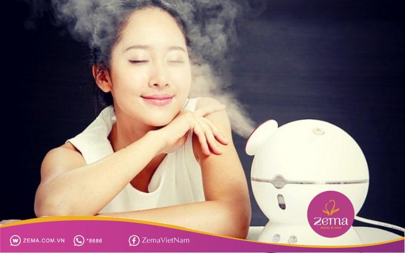Xông hơi giúp nở lỗ chân lông để da sạch trước khi tẩy tế bào chết