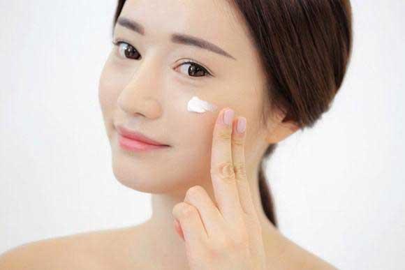 Vì sao cần biết cách tẩy tế bào chết cho da mặt ?