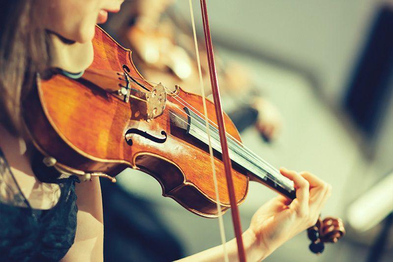 Chơi nhạc cụ có thể gây nổi mụn quanh miệng