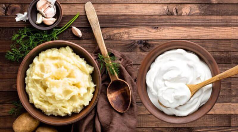 Mặt nạ khoai tây và sữa chua trị mụn cám