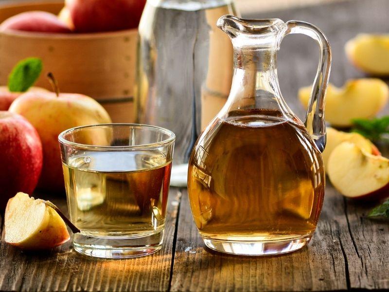 Giấm táo giúp các vết sẹo mờ dần theo thời gian