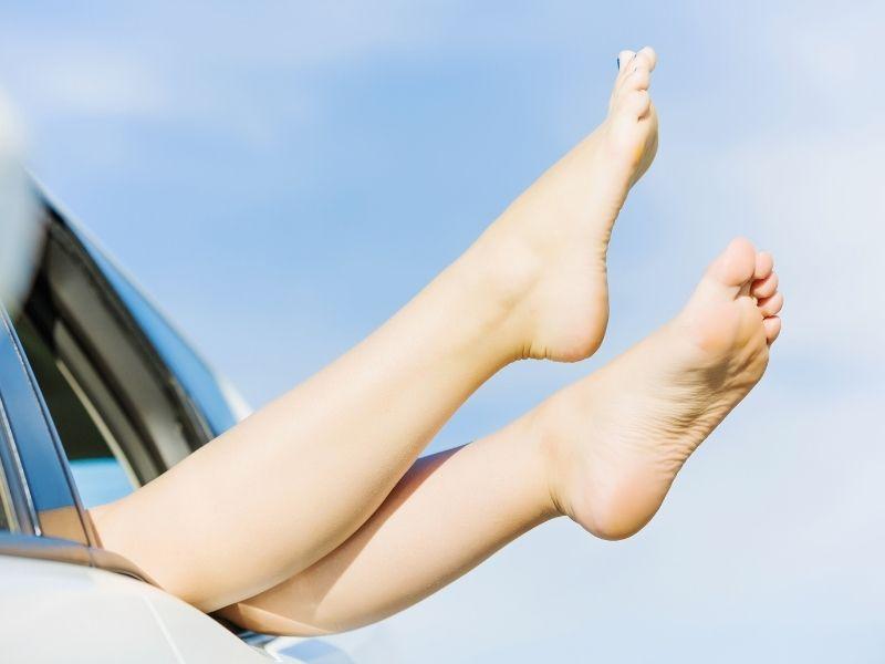 Nếu áp dụng đúng phương pháp da chân sẽ sớm láng mịn hơn