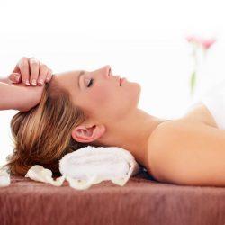 Massage vùng sọ