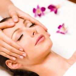 Massage vùng thái dương